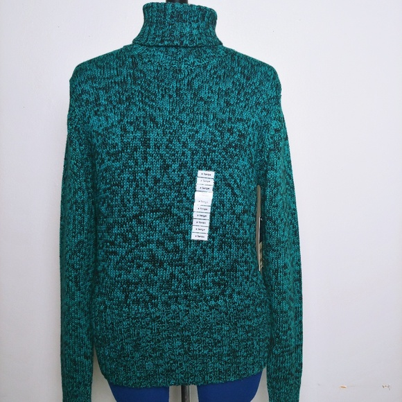 Hillard & Hanson Sweaters - NWT Thick, Soft Green & Black Turtleneck